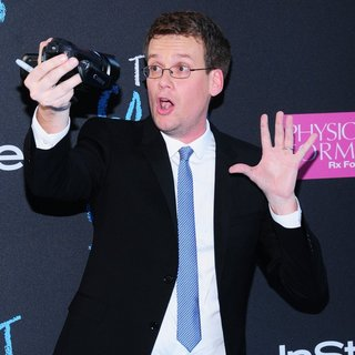 Premiere of The Fault in Our Stars - john-green-premiere-the-fault-in-our-stars-01