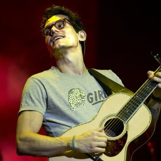 John Mayer Performs as Part of Born and Raised World Tour - john-mayer-born-and-raised-world-tour-02