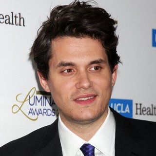 John Mayer in UCLA Head and Neck Surgery Luminary Awards - john-mayer-ucla-head-and-neck-surgery-luminary-awards-02