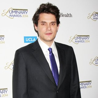 John Mayer in UCLA Head and Neck Surgery Luminary Awards - john-mayer-ucla-head-and-neck-surgery-luminary-awards-04