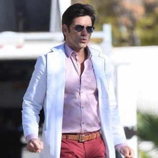 John Stamos-On Set Filming Scream Queens