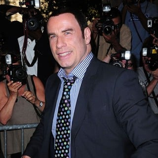 John Travolta in New York Premiere of Savages - Outside Arrivals - john-travolta-ny-premiere-savages-02