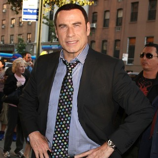 John Travolta in New York Premiere of Savages - Outside Arrivals - john-travolta-ny-premiere-savages-03