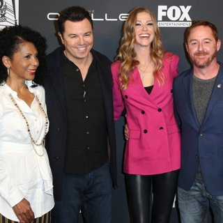 Penny Johnson, Seth MacFarlane, Adrianne Palicki, Scott Grimes in The FYC Special Event for The FOX Series The Orville