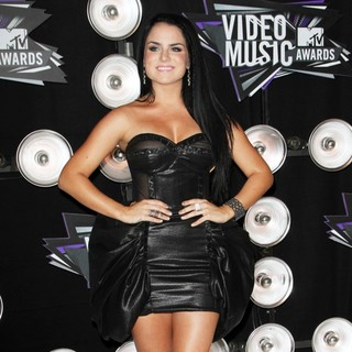 JoJo in 2011 MTV Video Music Awards - Arrivals