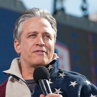 Jon Stewart in The Rally to Restore Sanity and-or Fear - jon-stewart-rally-to-restore-sanity-and-or-fear-01