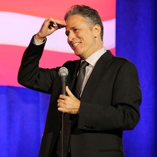 Jon Stewart Performing at The Bob Woodruff Stand-Up for Heroes Gala - jon-stewart-stand-up-for-heroes-gala-01