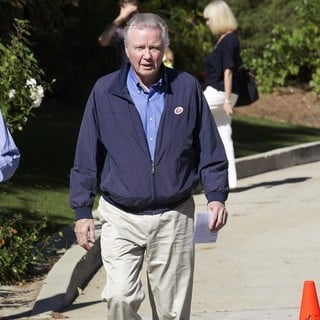 Jon Voight Arriving at The Polling Station for The US Presidential Election