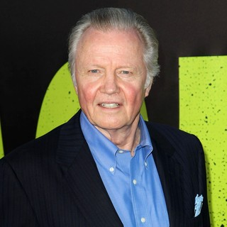 Jon Voight in The Premiere of Savages
