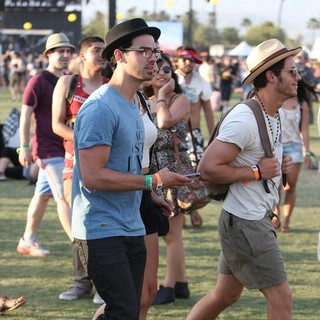 Jonas Brothers in The 2013 Coachella Valley Music and Arts Festival - Week 1 Day 2 - jonas-2013-coachella-valley-music-and-arts-festival-01