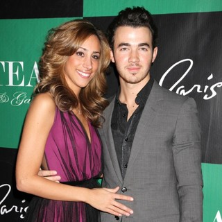 Danielle Deleasa, Kevin Jonas in Kevin Jonas Celebrates His Birthday