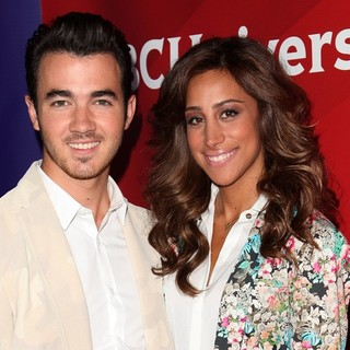 Kevin Jonas, Danielle Deleasa in NBC Universal Press Tour - Day 2