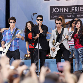 Jonas Brothers - ABC's 'Good Morming America' Presents 'Disney Camp Rock 2: The Final Jam'