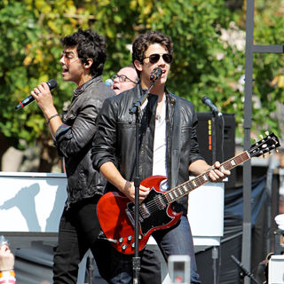 Joe Jonas, Nick Jonas, Jonas Brothers in Jonas Brothers performing live on stage at The Grove