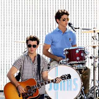 Kevin Jonas, Nick Jonas, Jonas Brothers in The Jonas Brothers on the set of their new music video