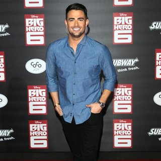 Jonathan Bennett in Premiere of Disney's Big Hero 6 - Arrivals