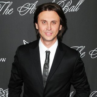 Jonathan Cheban in Gabrielle's Angel Foundation Hosts Angel Ball 2014 - Red Carpet Arrivals