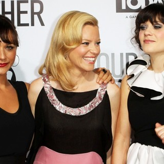 Rashida Jones, Elizabeth Banks, Zooey Deschanel in Our Idiot Brother - Los Angeles Premiere