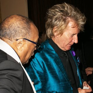 Quincy Jones, Rod Stewart in 2014 Carousel of Hope Ball Presented by Mercedes-Benz - Arrivals