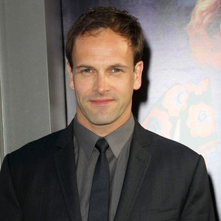 Jonny Lee Miller in Dark Shadows Premiere