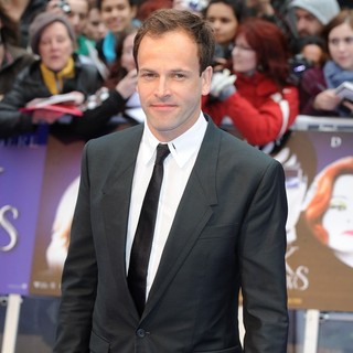 UK Premiere of Dark Shadows - Arrivals