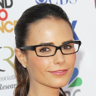 Jordana Brewster in Stand Up To Cancer 2012 - Arrivals