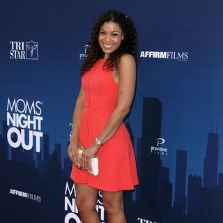 Jordin Sparks in Premiere of Moms' Night Out
