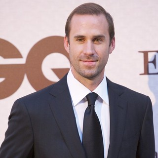 Joseph Fiennes in GQ and Ermenegildo Zegna Elegant Men of The Year Awards Ceremony
