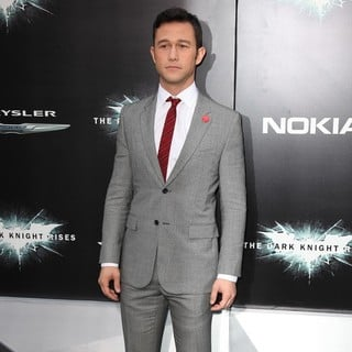 Joseph Gordon-Levitt in The Dark Knight Rises New York Premiere - Arrivals