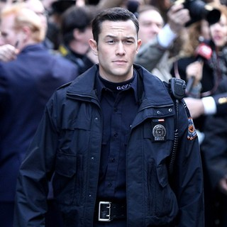 Joseph Gordon-Levitt in On The Latest Batman Film Set The Dark Knight Rises