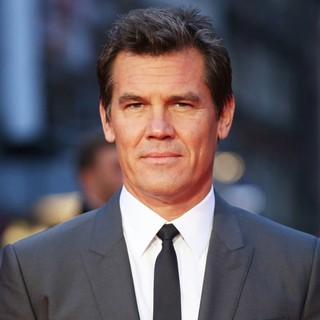 Josh Brolin in 57th BFI London Film Festival - Labor Day Premiere - Arrivals