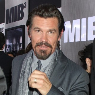 Josh Brolin in Men in Black 3 New York Premiere - Arrivals