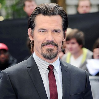 Josh Brolin in Men in Black 3 - UK Film Premiere - Arrivals