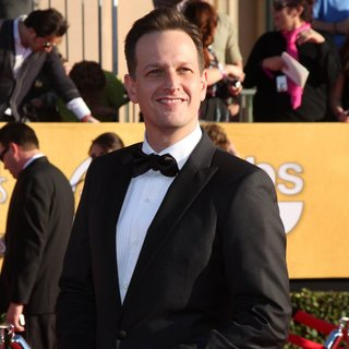 Josh Charles in The 18th Annual Screen Actors Guild Awards - Arrivals