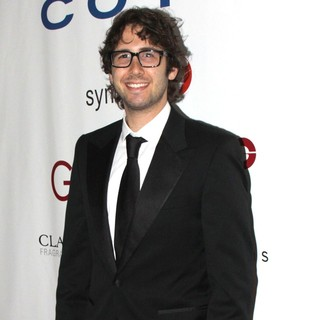 Josh Groban in 40th Annual Fifi Awards - Red Carpet