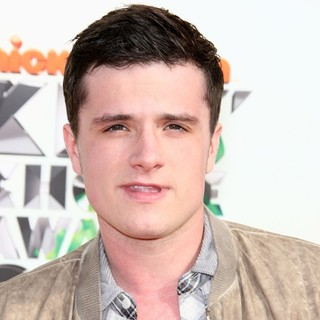 Josh Hutcherson in 2012 Kids' Choice Awards - Arrivals