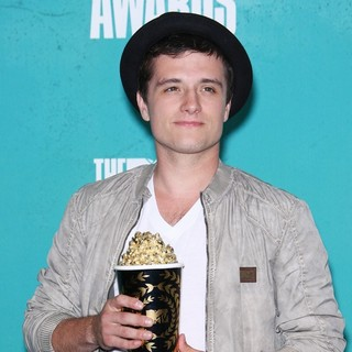 Josh Hutcherson in 2012 MTV Movie Awards - Press Room