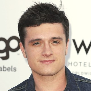 Josh Hutcherson in LOGO's 2012 NewNowNext Awards