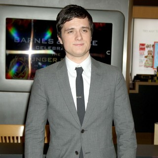 Josh Hutcherson in Special Signing Event to Promote Movie The Hunger Games