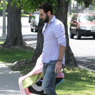 Josh Kelley Arrives for A Mother's Day Party