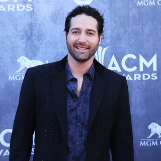 Josh Thompson in 49th Annual Academy of Country Music Awards - Arrivals