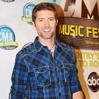Josh Turner in 2011 CMA Music Festival Nightly Concerts - Day 3