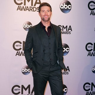 Josh Turner in 48th Annual CMA Awards - Red Carpet
