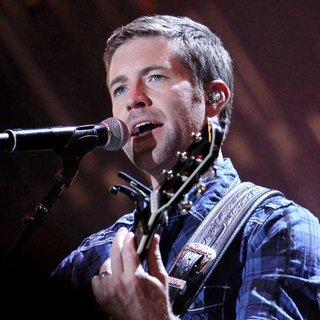 Josh Turner in CMA Music Festival Nightly Concerts - Day 3