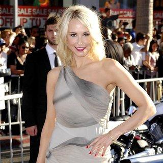 Josie Bissett in Los Angeles Premiere of Captain America The First Avenger - Arrivals