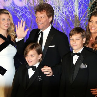 Stephanie Rose Bongiovi, Jon Bon Jovi, Romeo Jon Bongiovi, Jacob Hurley, Dorothea Hurley in Winter Whites Gala Dinner - Arrivals