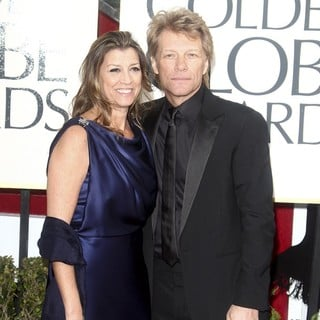 Dorothea Hurley, Jon Bon Jovi in 70th Annual Golden Globe Awards - Arrivals
