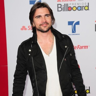 Juanes in Billboard Latin Music Awards 2012 - Arrivals