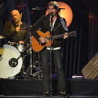 Juanes in Billboard Latin Music Awards 2012 - Show