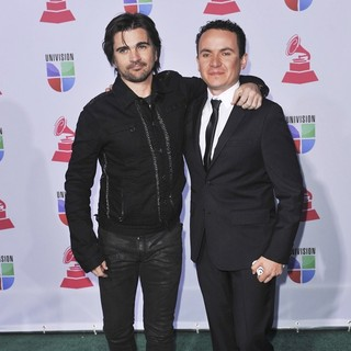 Juanes, Fonseca in 13th Annual Latin Grammy Awards - Arrivals